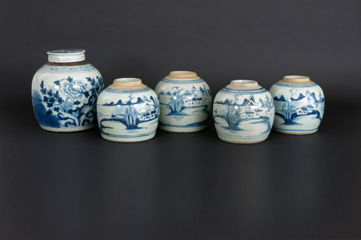 Five antique Chinese gingerpots (one with lid) in porcelain-