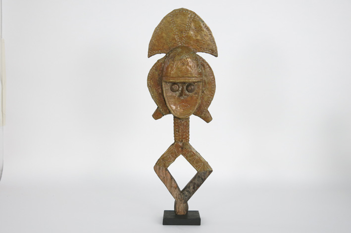 African Kota sculpture in wood and copper-