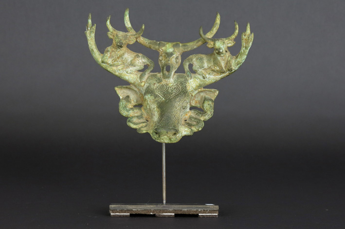 Chinese 'Dian'-culture sculpture in bronze with a typical representation of an ox with on top several small oxes-
