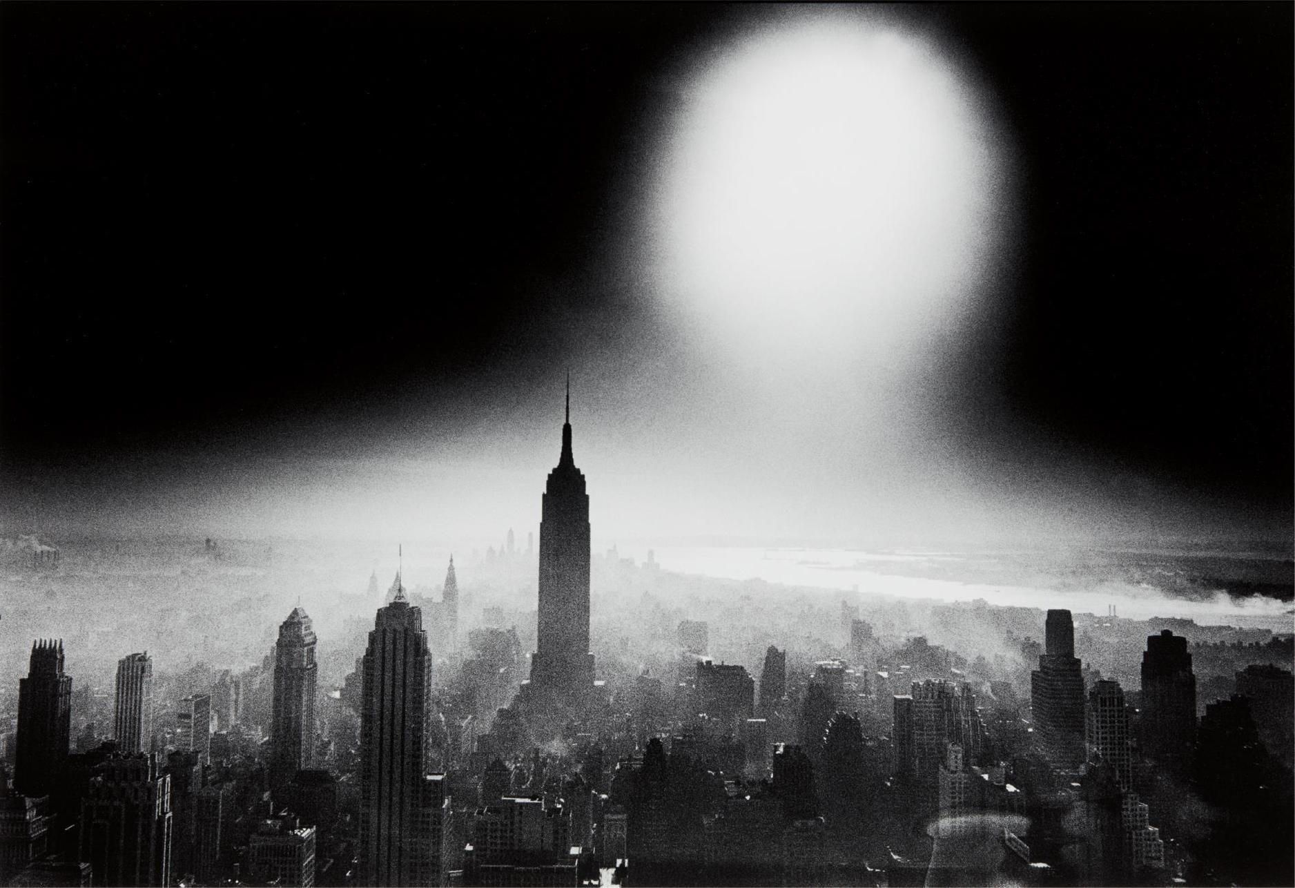 William Klein-Atom Bomb Sky, New York-1955