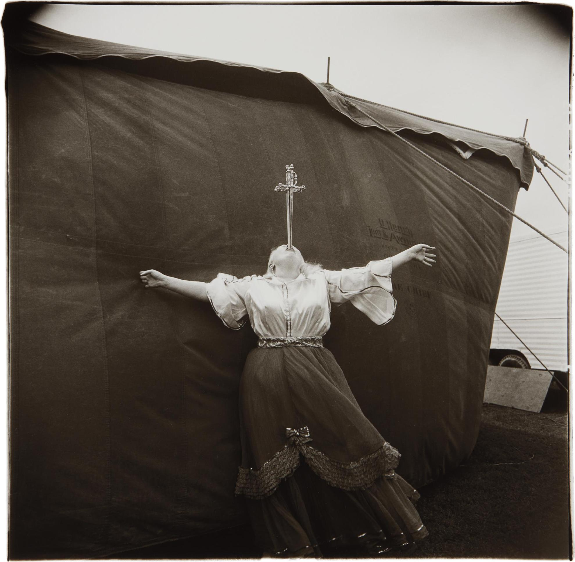 Diane Arbus-Albino Sword Swallower At A Carnival, Md.-1970