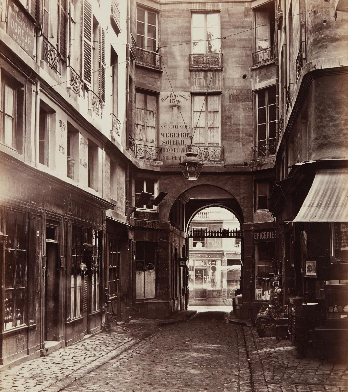 Charles Marville-Passage Saint-Guillaume Vers La Rue Richelieu-1865