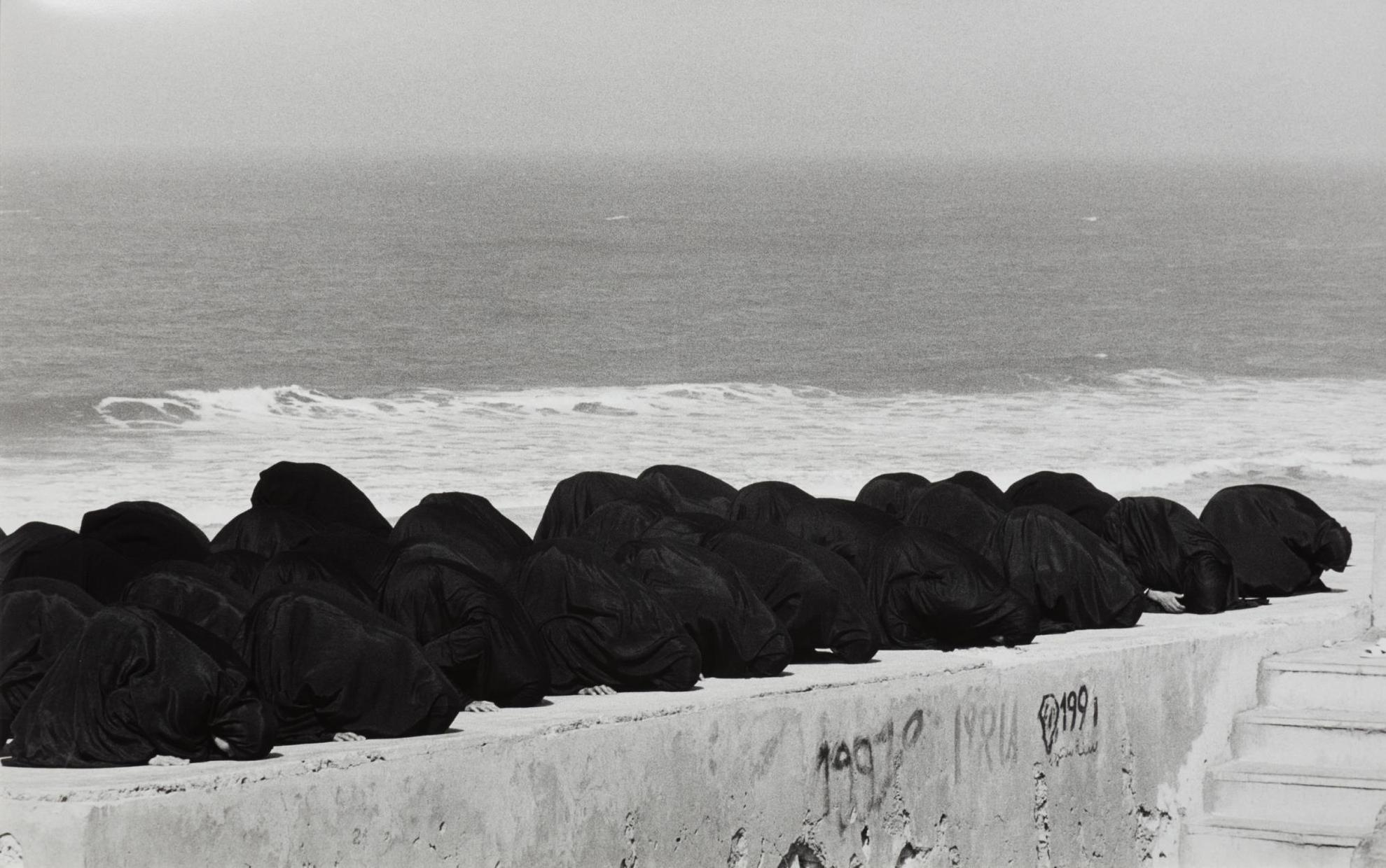 Shirin Neshat-Rapture-1999