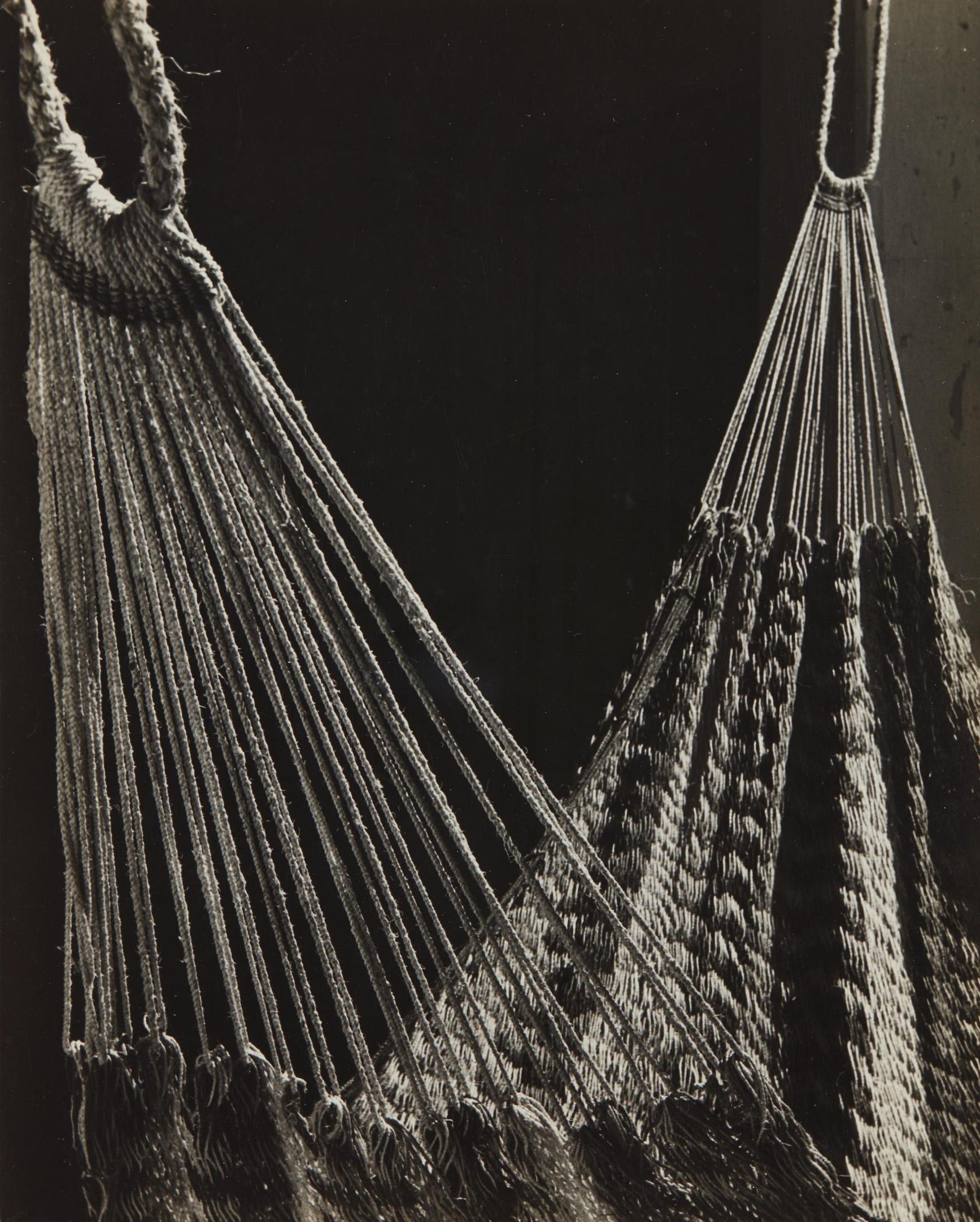 Tina Modotti-Hammock-1926