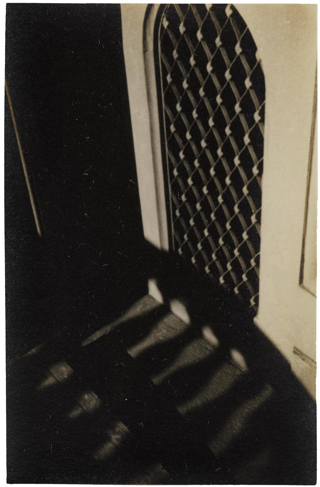 Walker Evans-Brooklyn Stoop-1929