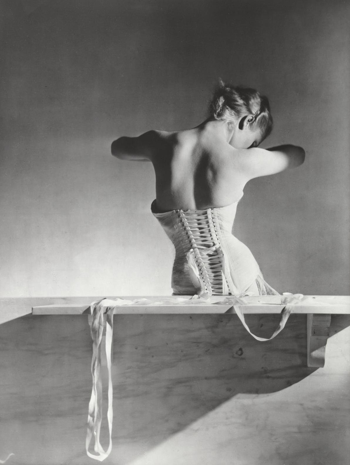Horst P. Horst-Mainbocher Corset, Paris-1939