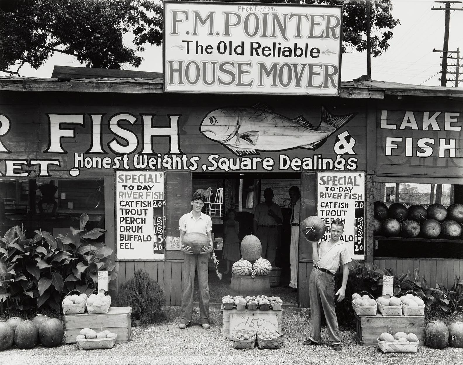 Walker Evans-Roadside Stand, Near Birmingham, Alabama-1936