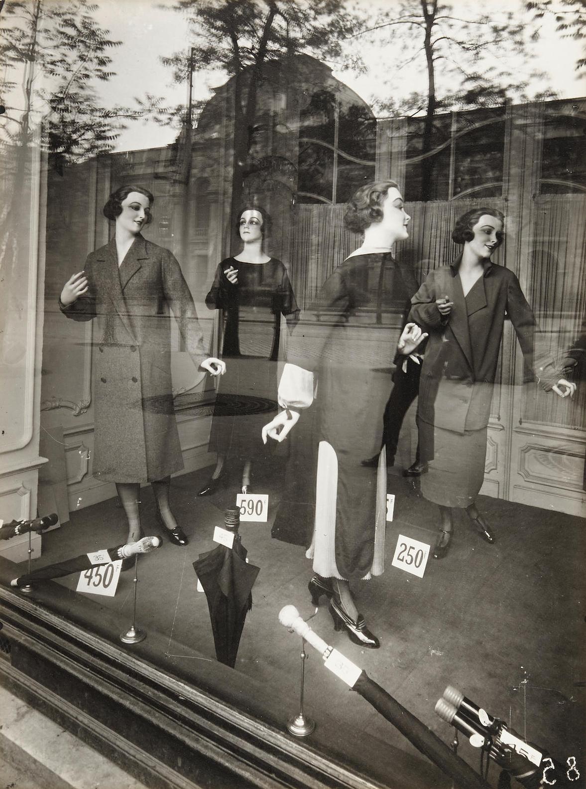 Eugene Atget-Mannequins-1925