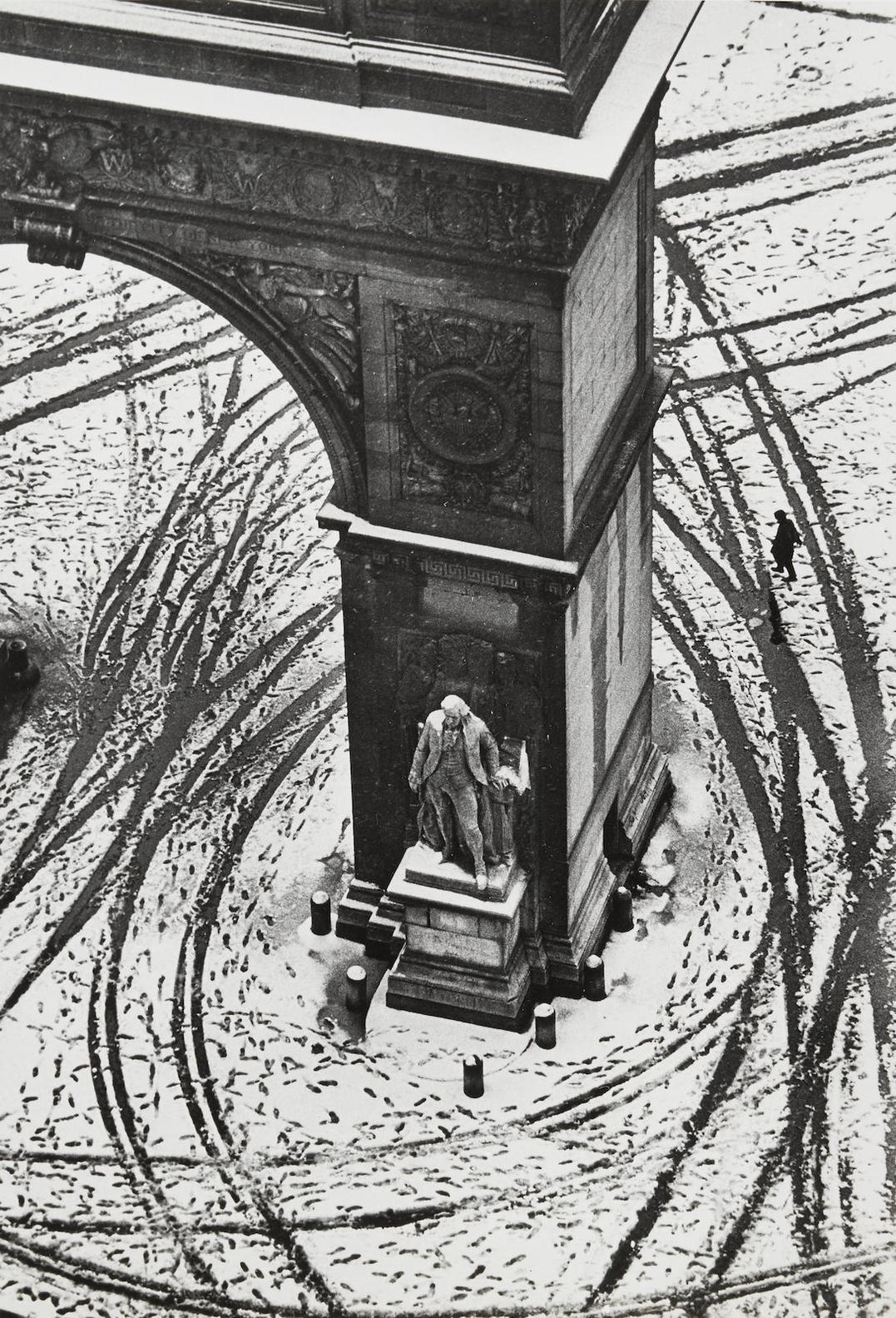 Andre Kertesz-Washington Square, New York-1966