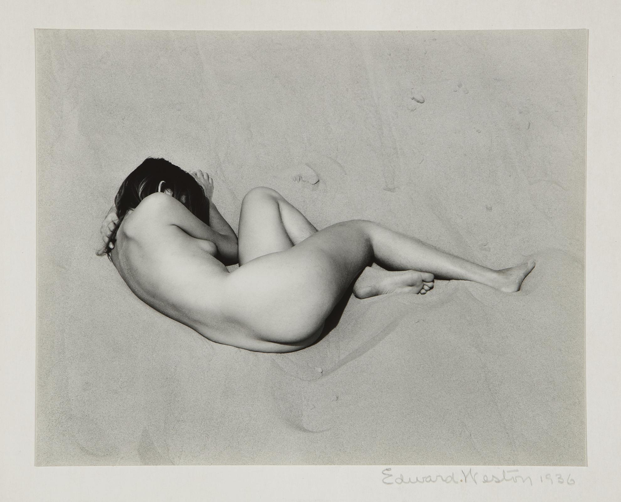 Edward Weston-Nude On Sand-1936