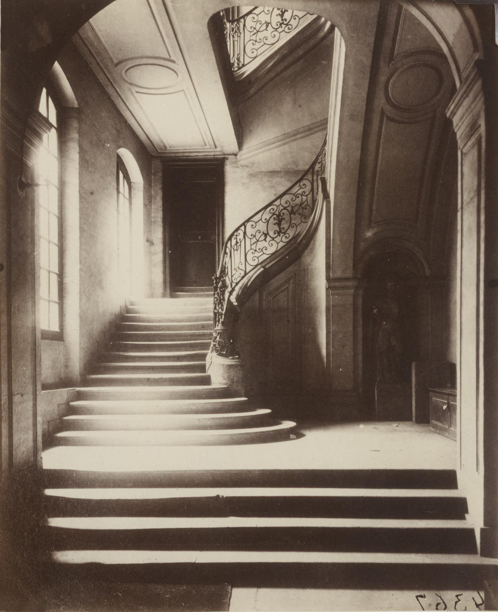 Eugene Atget-Escalier, Hotel Du Marquis De Lagrange, 4 Rue De Braque-1901