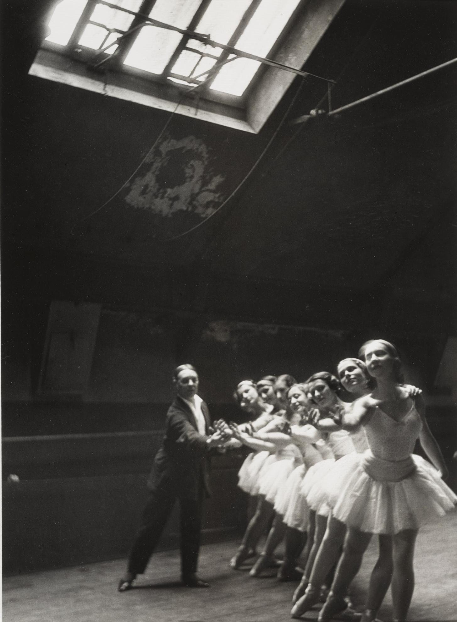 Alfred Eisenstaedt-Dancers Rehearse Swan Lake, Paris Opera-1930