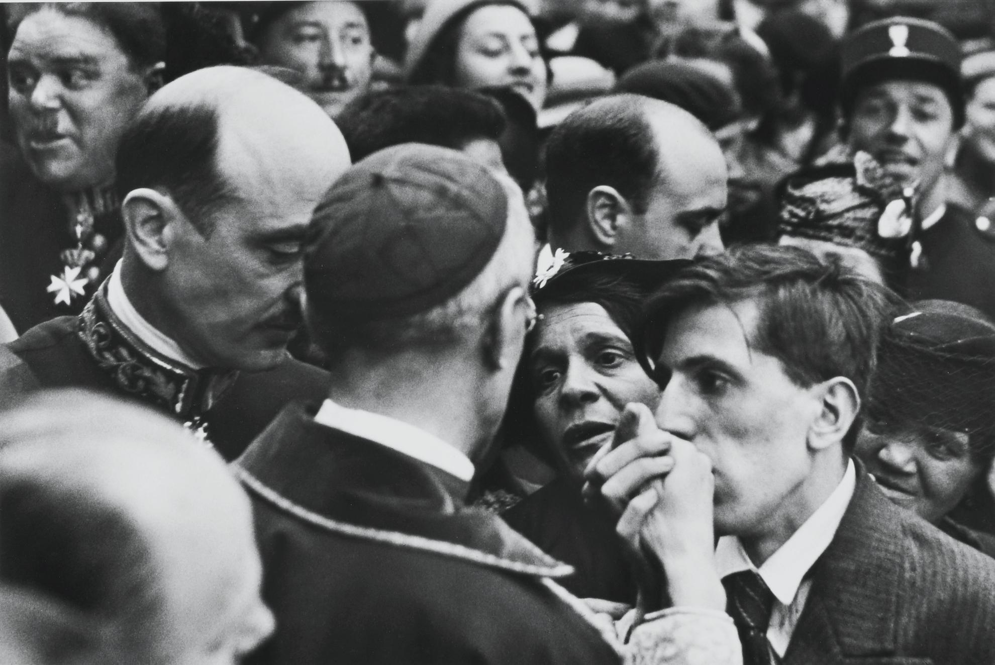 Henri Cartier-Bresson-Cardinal Pacelli, Montmartre, Paris-1938