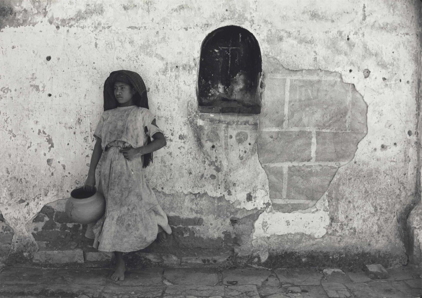 Manuel Alvarez Bravo-Recuerdo De Atzompan (Remembrance From Atzompan)-1943