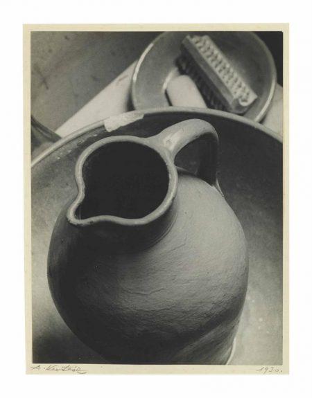 Andre Kertesz-Pitcher-1926