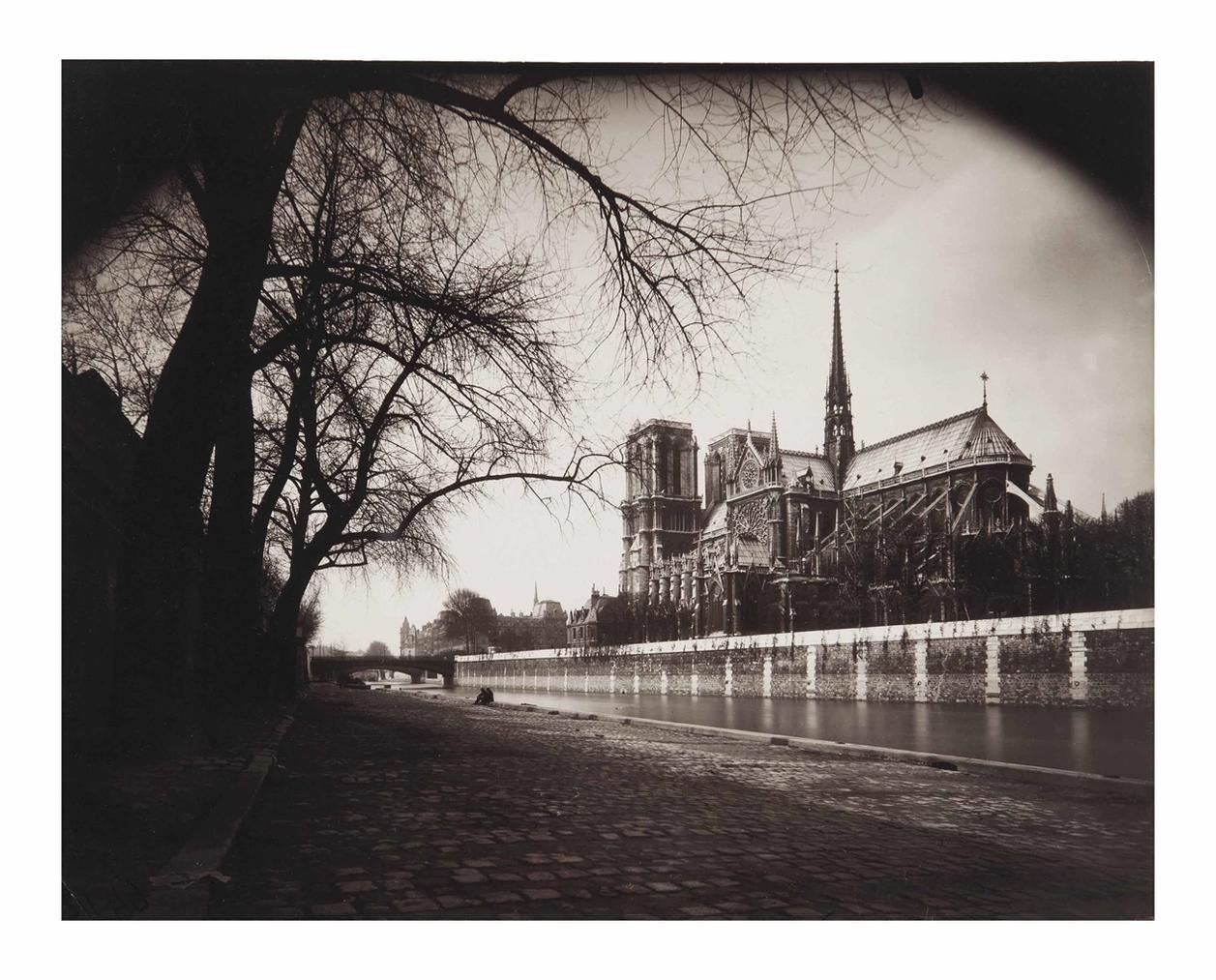 Eugene Atget-Notre-Dame-1923