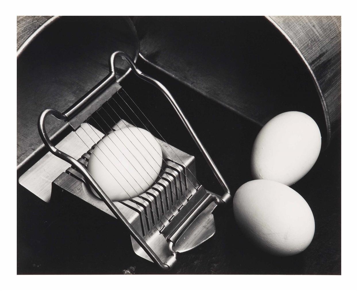 Edward Weston-Eggs And Slicer-1930
