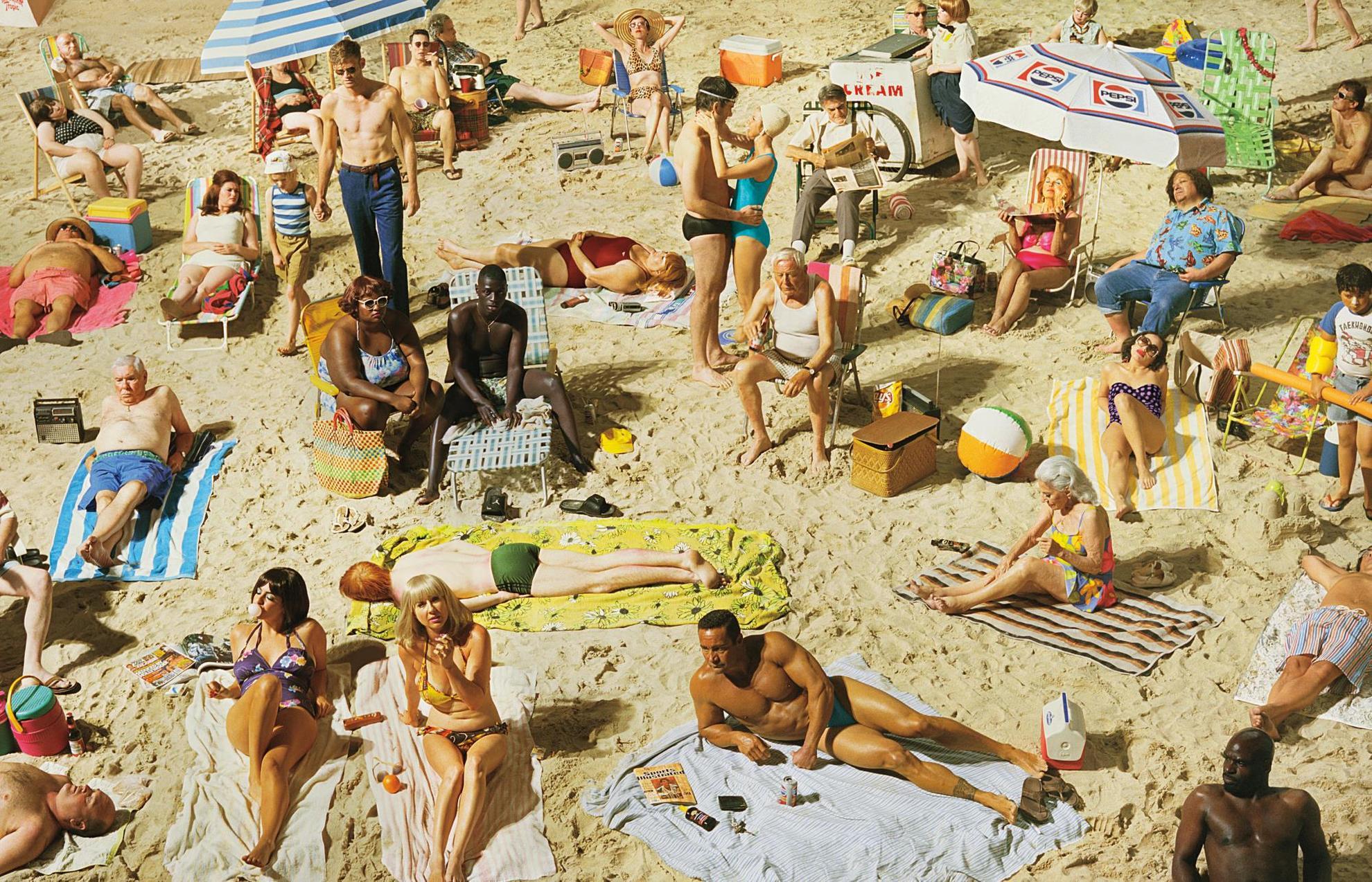 Alex Prager-Crowd #3 (Pelican Beach)-2013