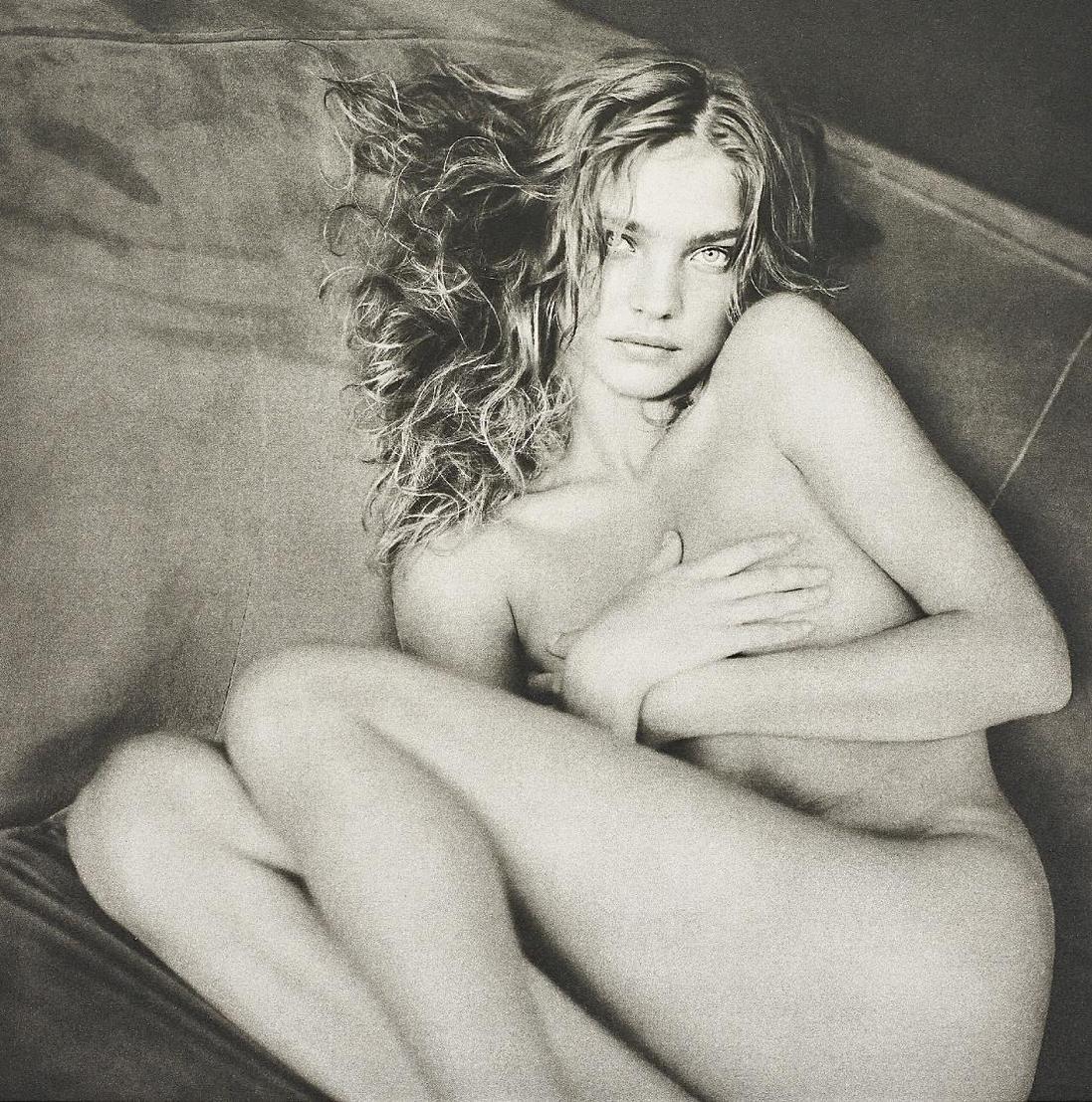 Paolo Roversi-Natalia, Paris, Studio 9 Rue Paul Fort-2003