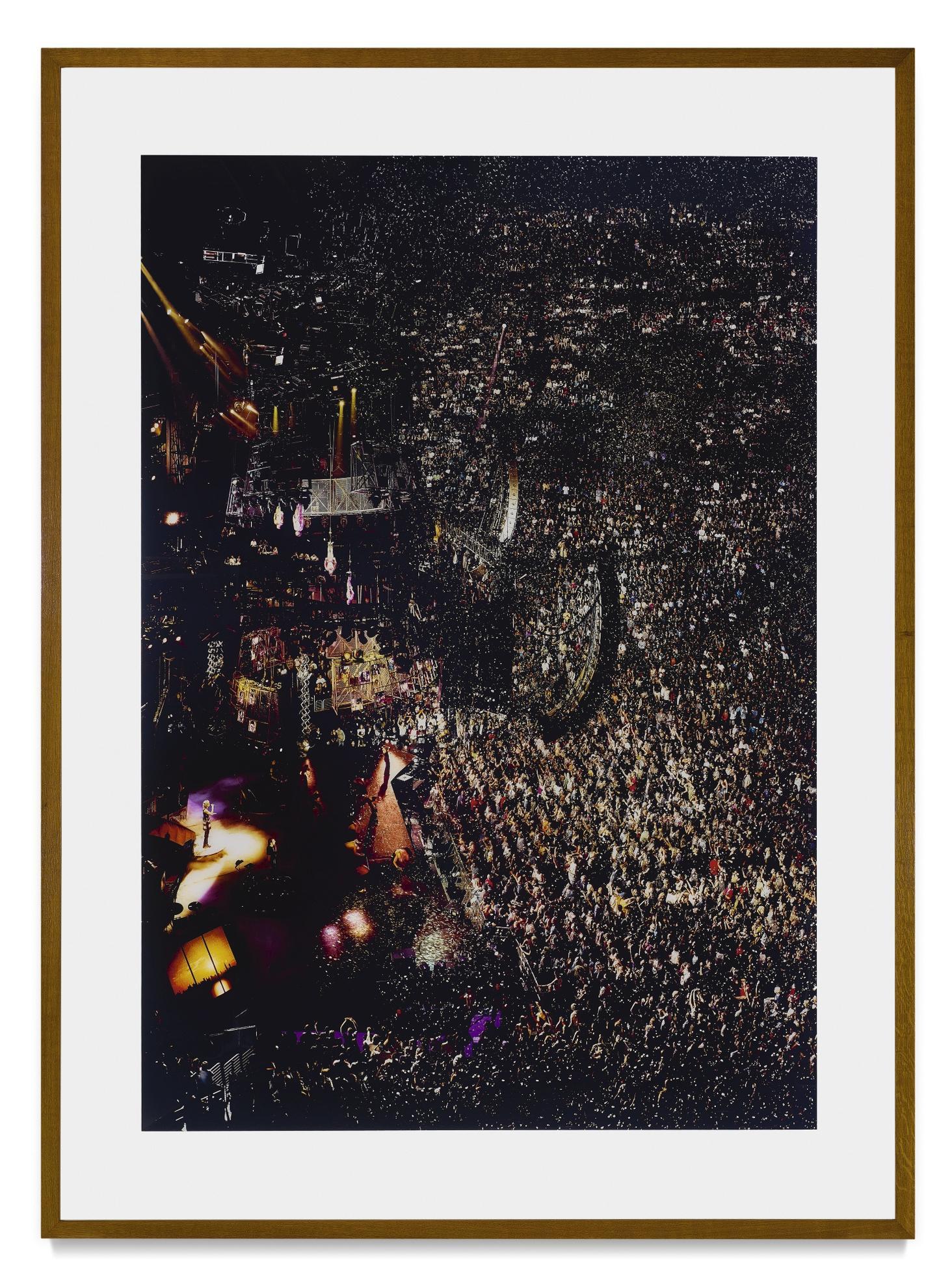 Andreas Gursky-Madonna I-2001