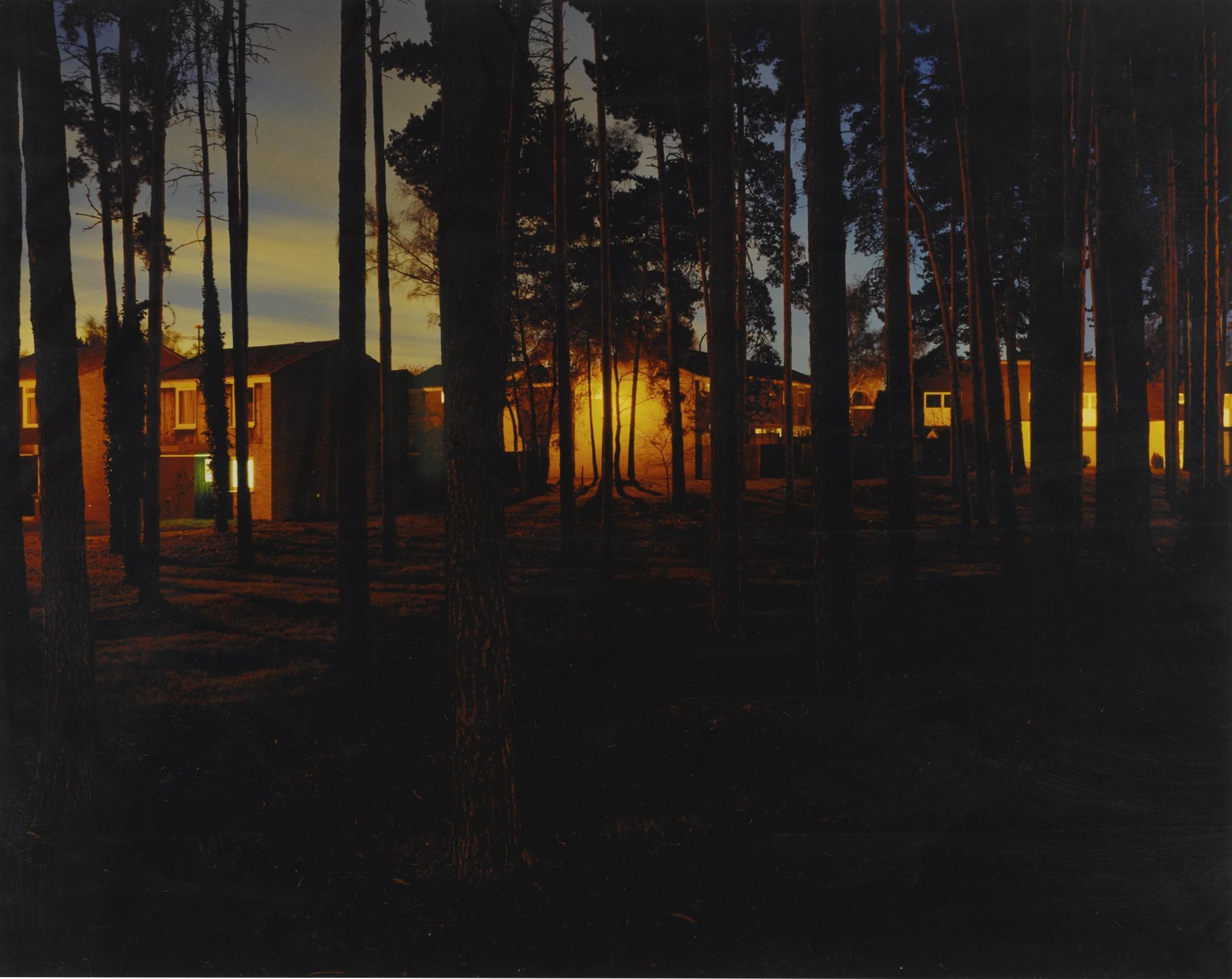 Hannah Starkey-Untitled - January 2000-2000