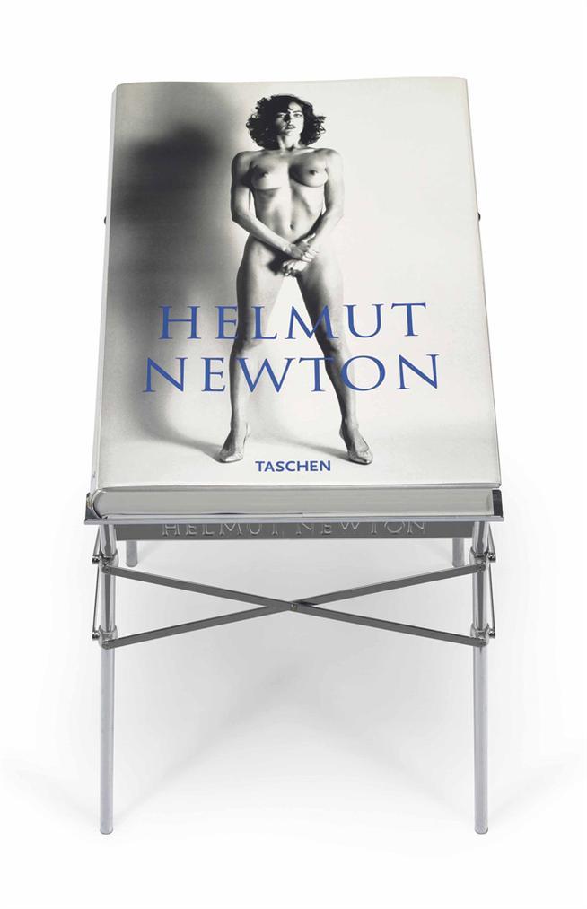 Helmut Newton-Sumo-1999