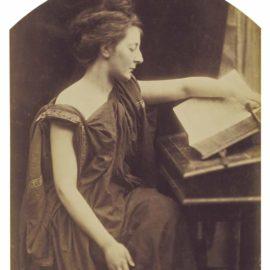 Julia Margaret Cameron-A Sibyl-1870