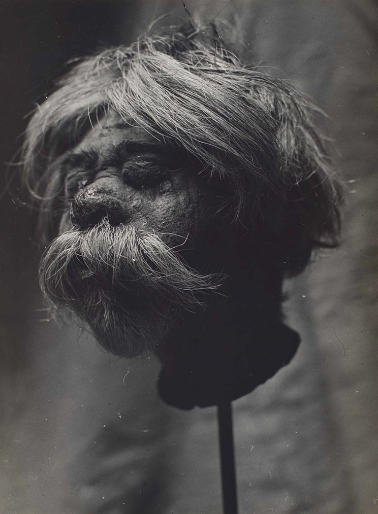 Brassai-Tete Reduite Dun Missionnaire-1935