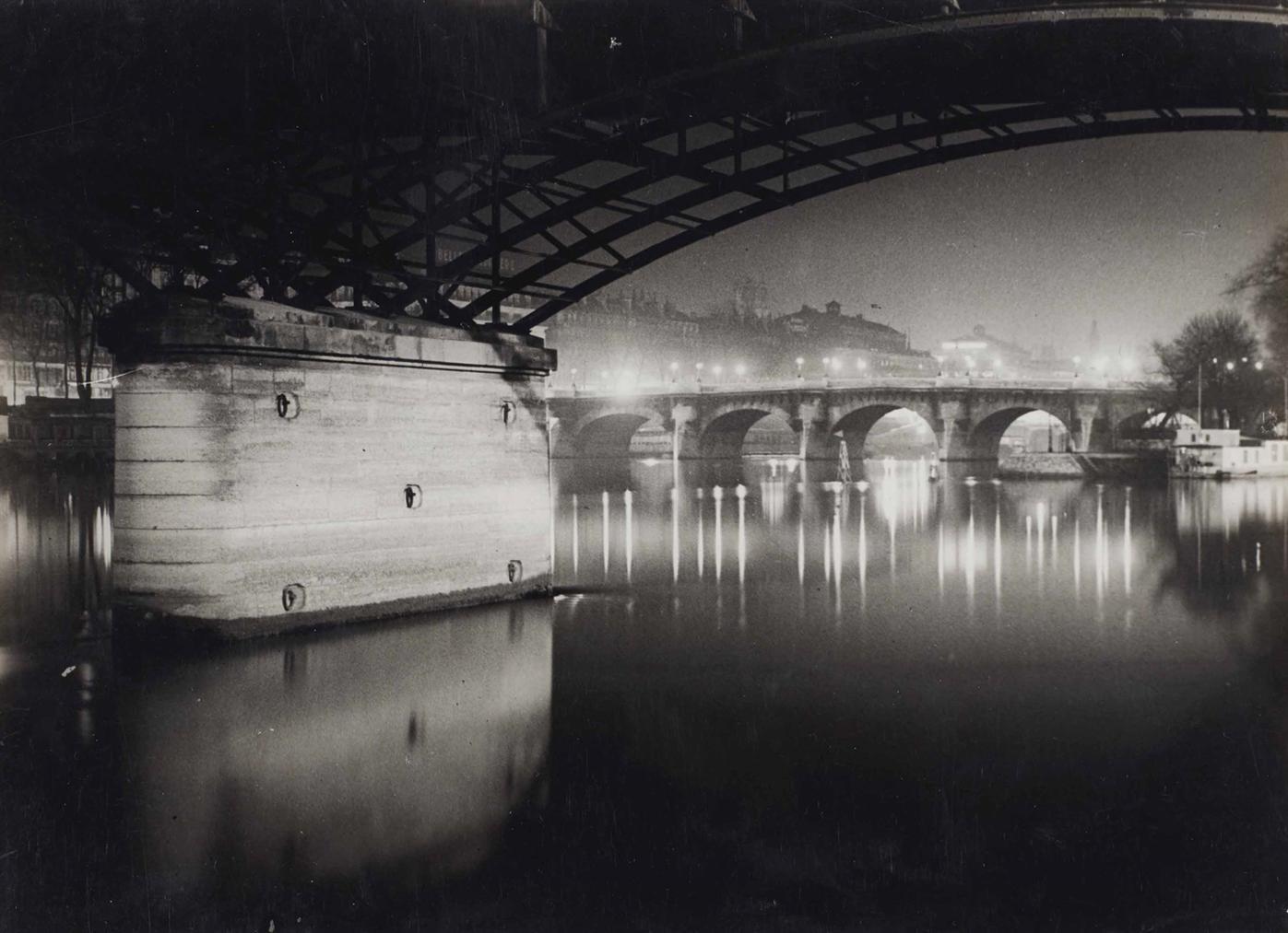 Brassai-Pont Des Arts La Nuit, Paris-1932