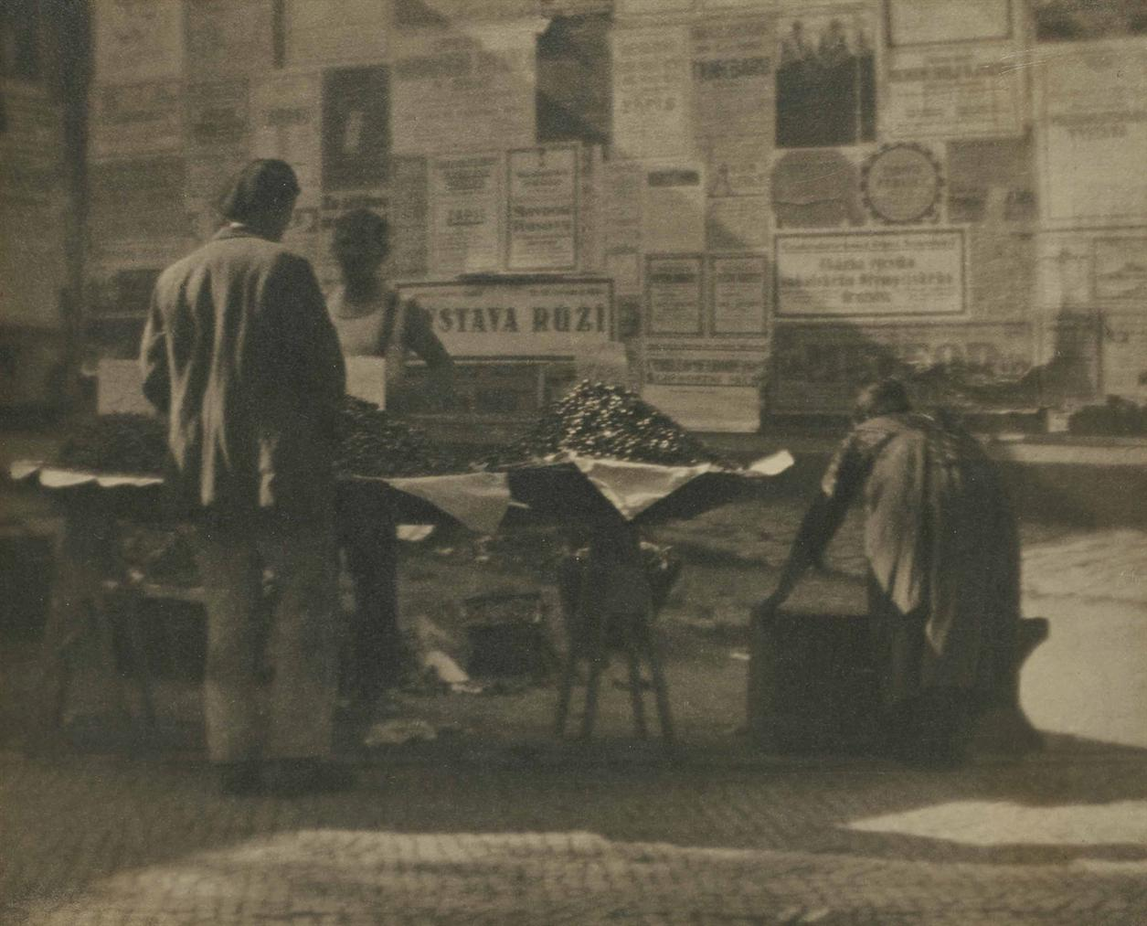 Josef Sudek-Street Market-1926