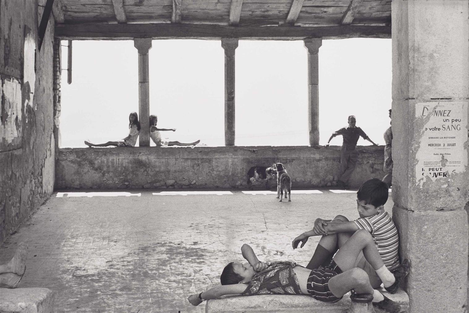 Henri Cartier-Bresson-Simiane, La Rotonde-1970