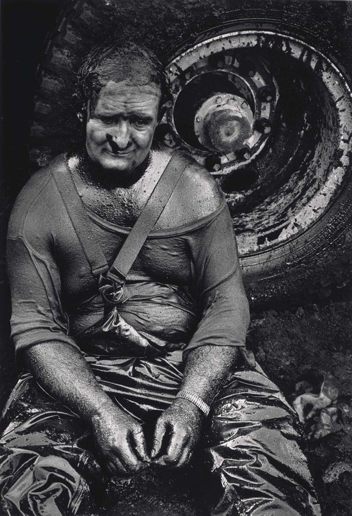 Sebastiao Salgado-Worker Resting, Great Burhan Oil Field, Kuwait-1991