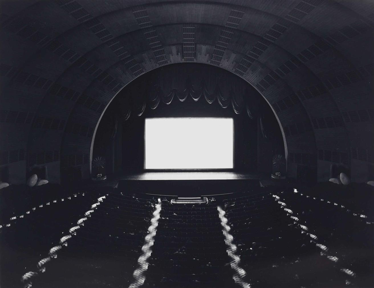 Hiroshi Sugimoto-Radio City Music Hall, New York-1978