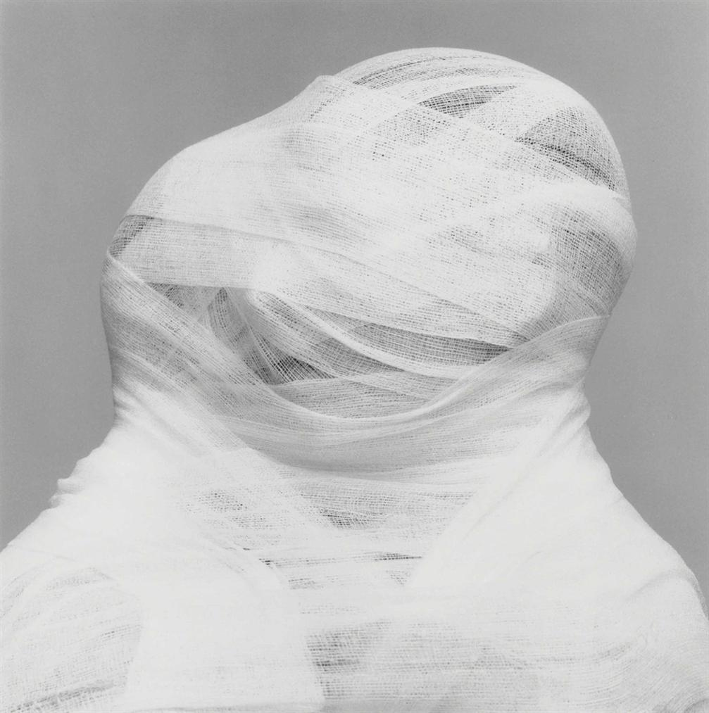 Robert Mapplethorpe-White Gauze-1984