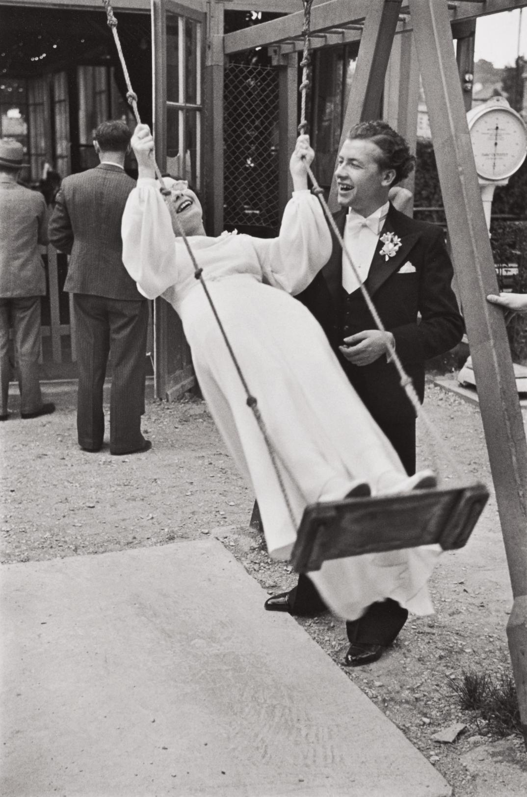 Henri Cartier-Bresson-Joinville-Le-Pont, France (A Newlywed Bride And Groom)-1938