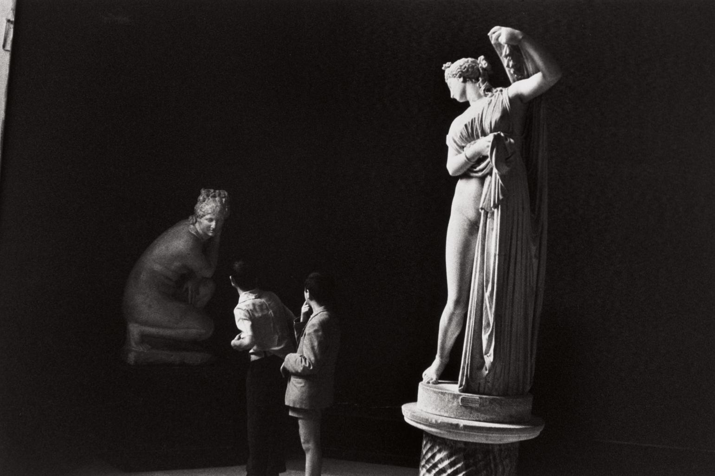 Henri Cartier-Bresson-Naples, Italy-1960