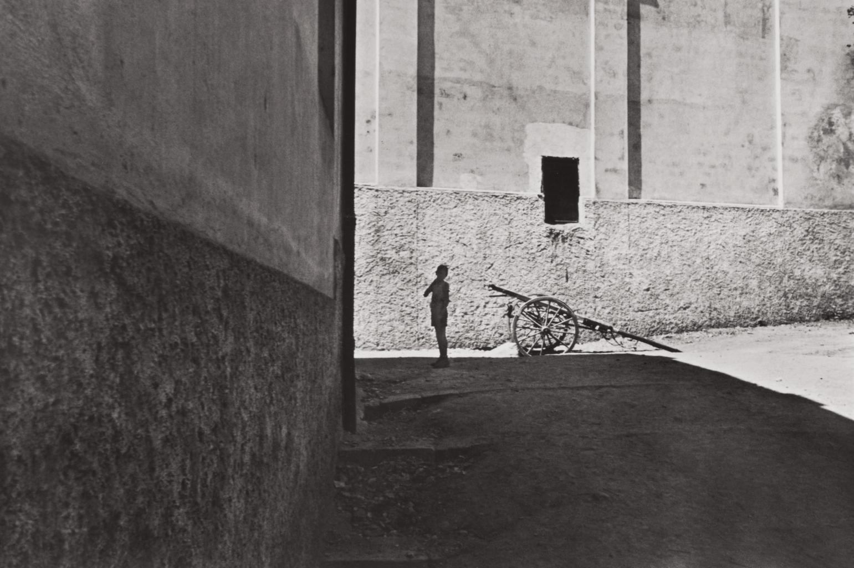 Henri Cartier-Bresson-Salerno, Italy-1933
