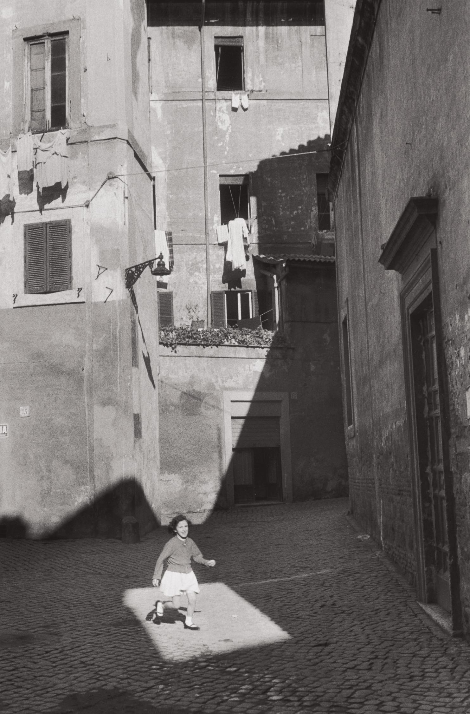 Henri Cartier-Bresson-Trastevere, Rome-1959