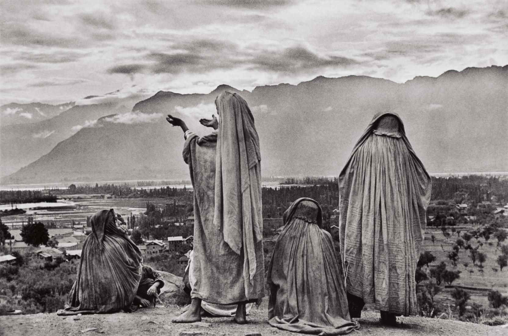 Henri Cartier-Bresson-Srinagar, Kashmir-1948