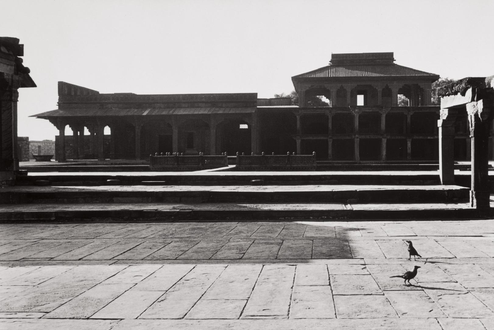 Henri Cartier-Bresson-Fatehpur Sikri, India-1966