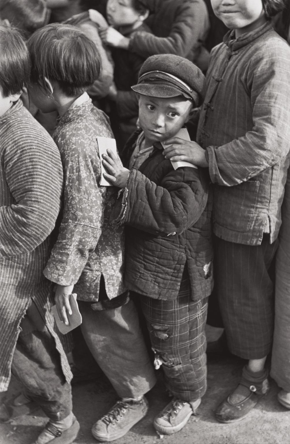 Henri Cartier-Bresson-Children Await Rice Distribution, Shanghai, China-1949