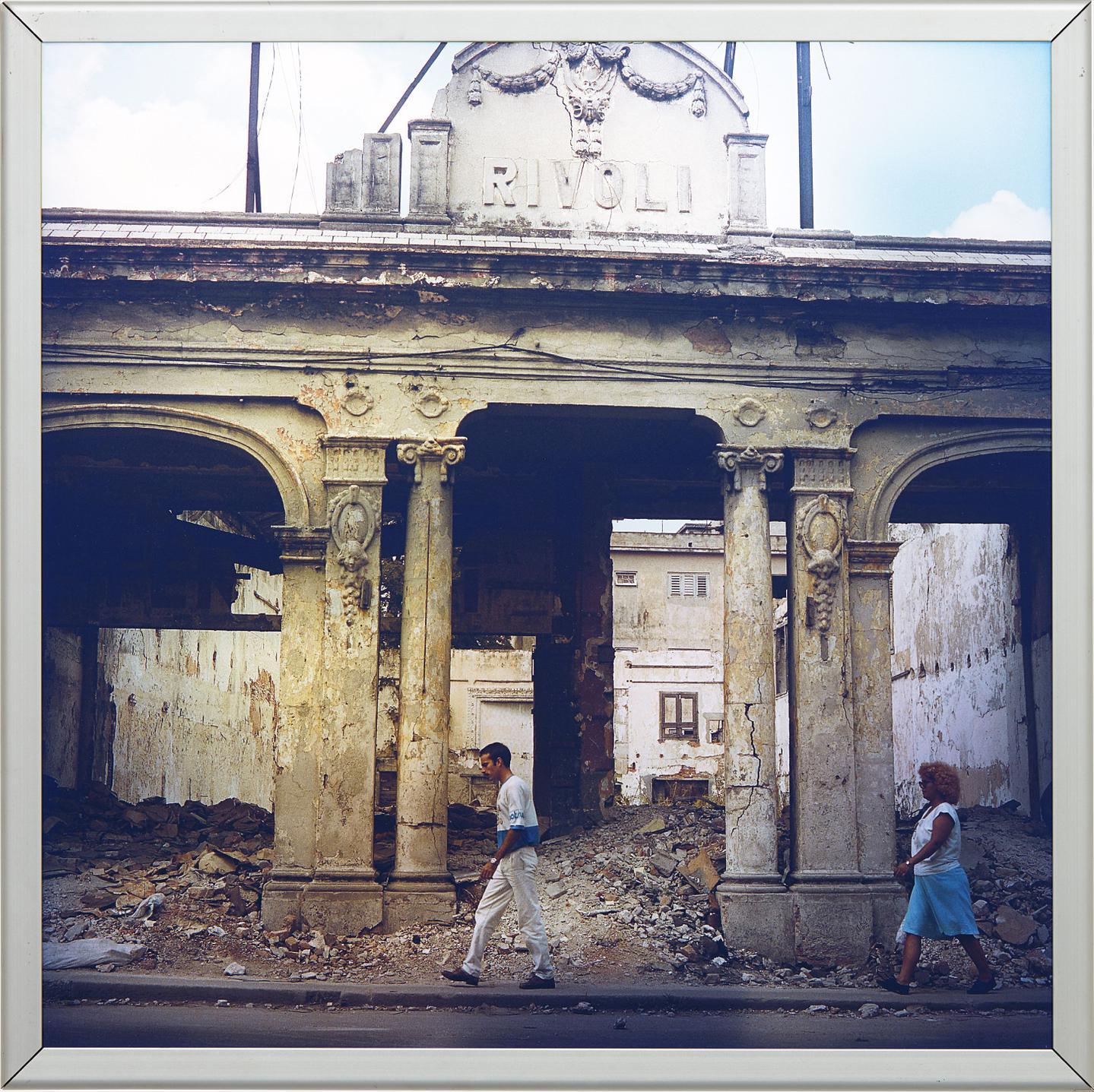 Carlos Garaicoa-Rivoli (The Place Where Blood Flows)-2002