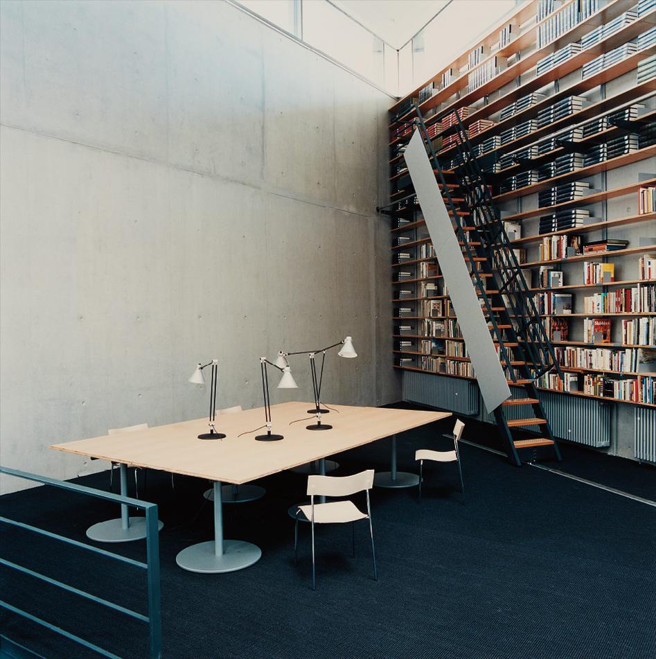 Candida Hofer-Deutsche Bibliothek Frankfurt Am Main IV-1997