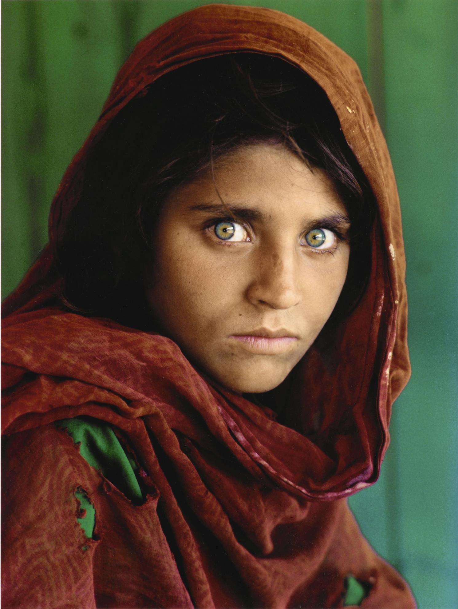 Steve McCurry-Afghan Girl-1984