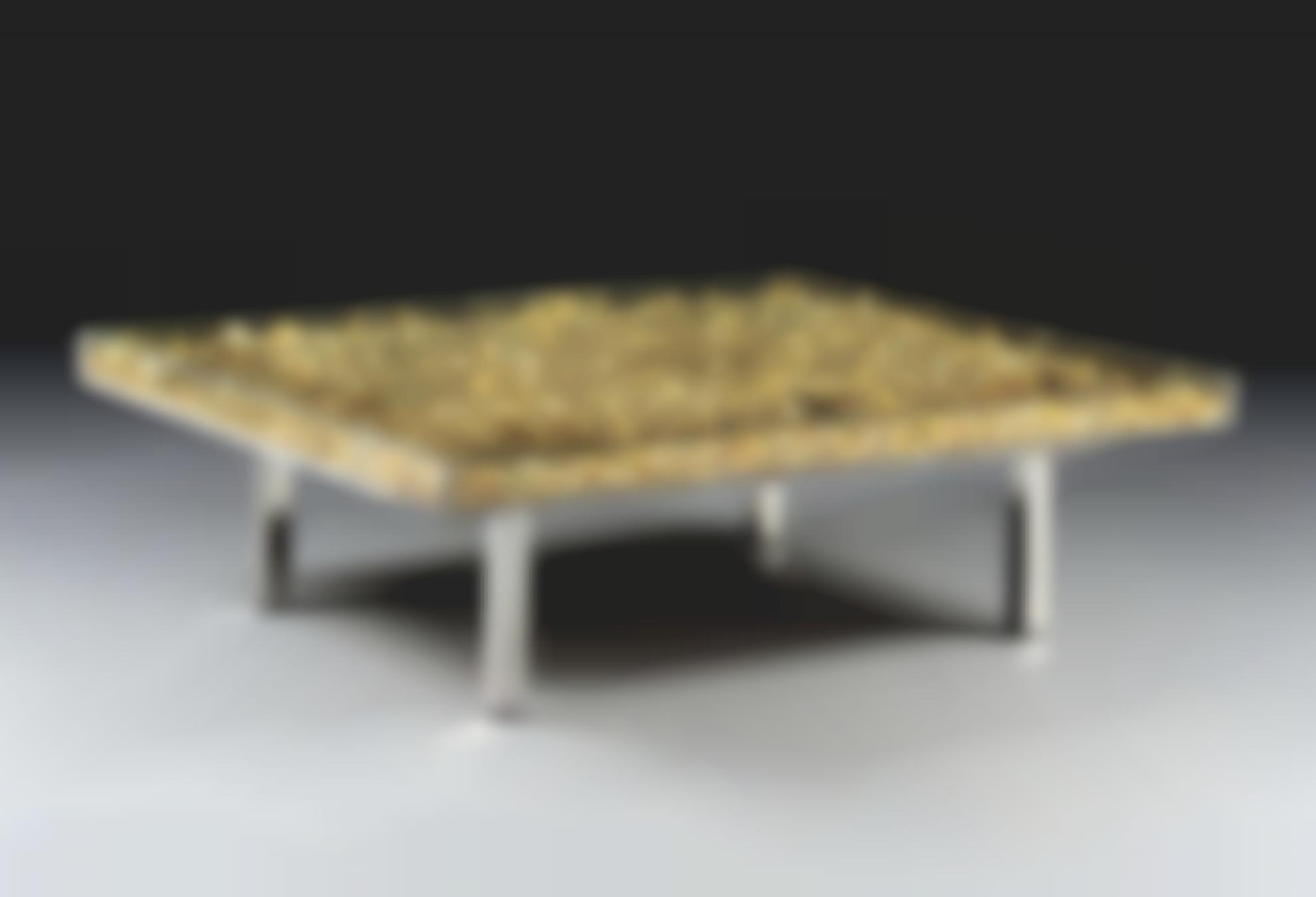 Yves Klein-Table Dor-1963