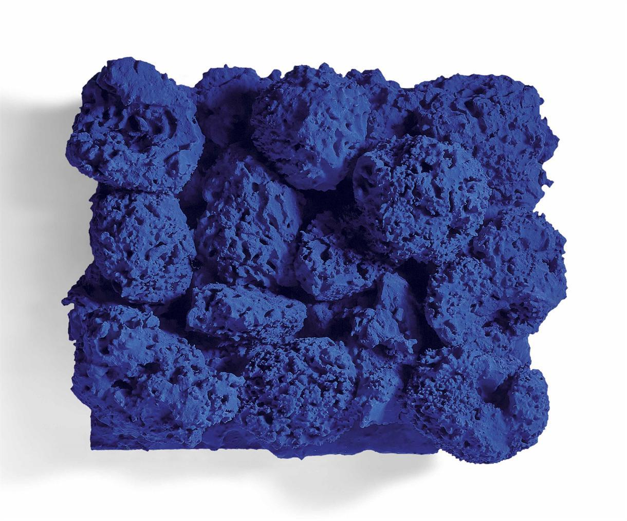 Yves Klein-Relief Eponge Bleu Sans Titre (Re 37)-1959