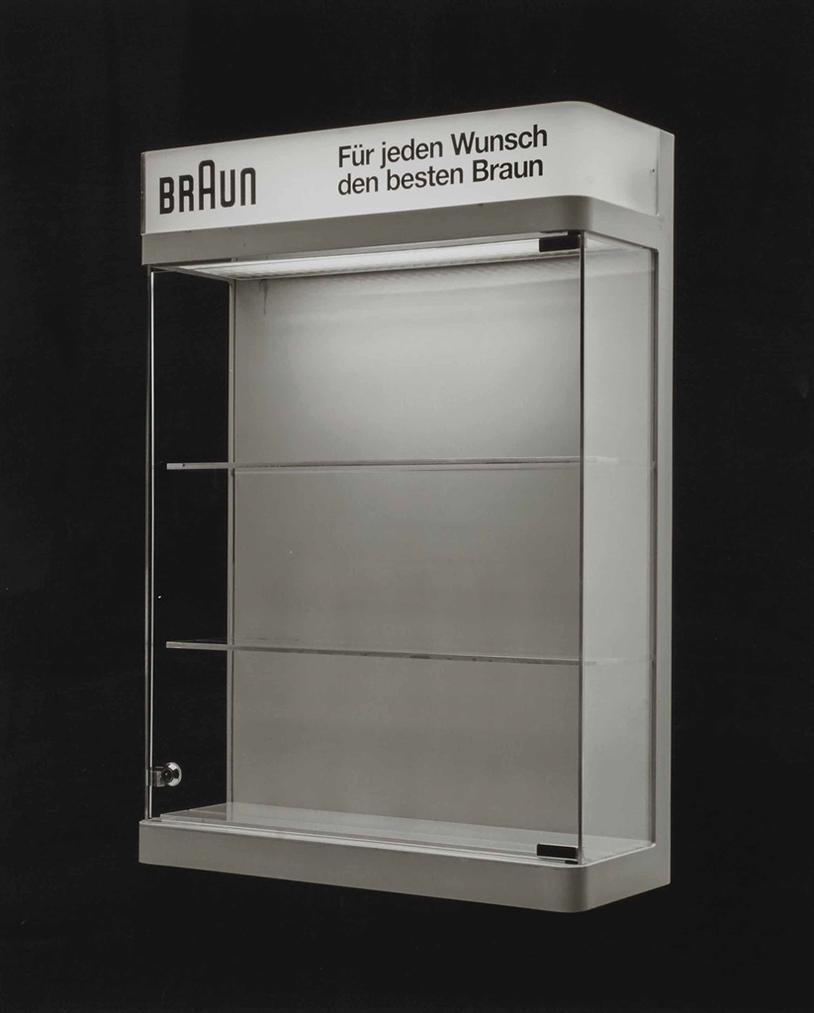 Christopher Williams-Display vitrine (Braun - Fur jeden Wunsch den besten Braun); Model designed and constructed by Horst Kaupp for Braun AG, Kronberg im Taunus, Germany; Manufactured by Elma Messe- u. Ausstellungsbau GmbH, Offenbach, Germany; Dimensions (height/width/depth): 71 cm x 50.5 cm x 18.7 cm; Studio Rhein Verlag, Dusseldorf, January 23, 2013-2013