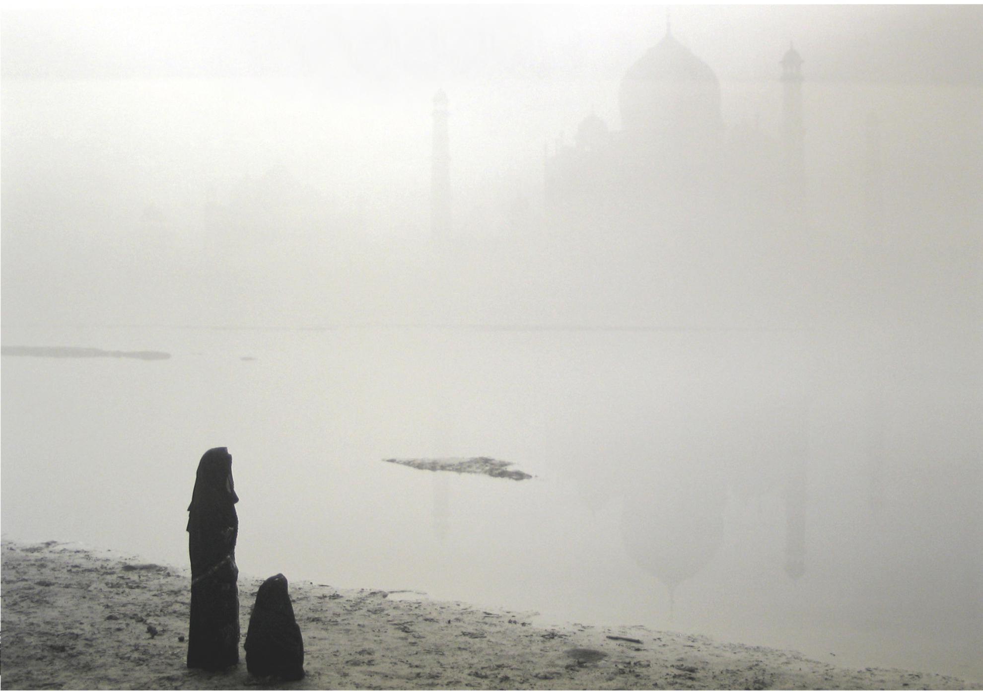 Kenro Izu-Agra #43, India (Taj Mahal)-2008