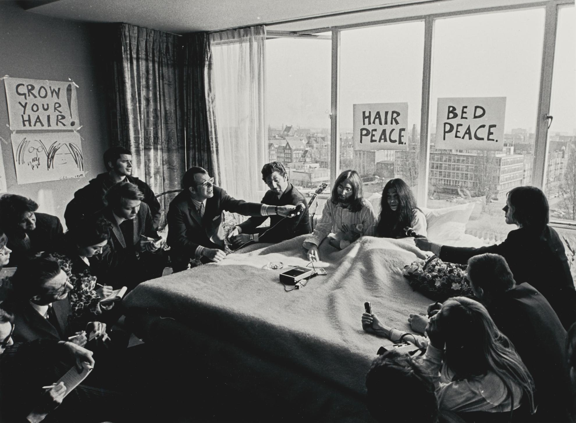 Cor Jaring - John And Yoko, Hilton Hotel, Amsterdam-1969