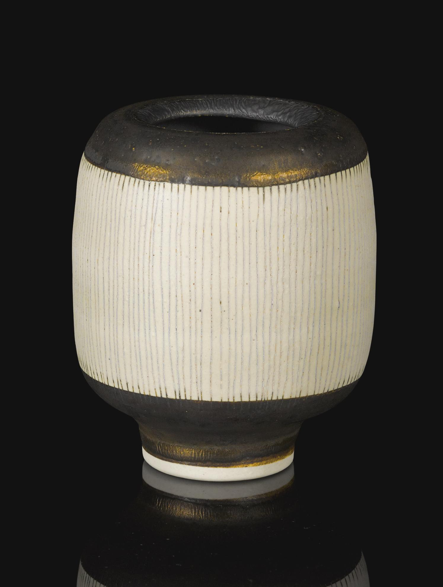 Dame Lucie Rie - Small Cylindrical Sgraffito Vase-